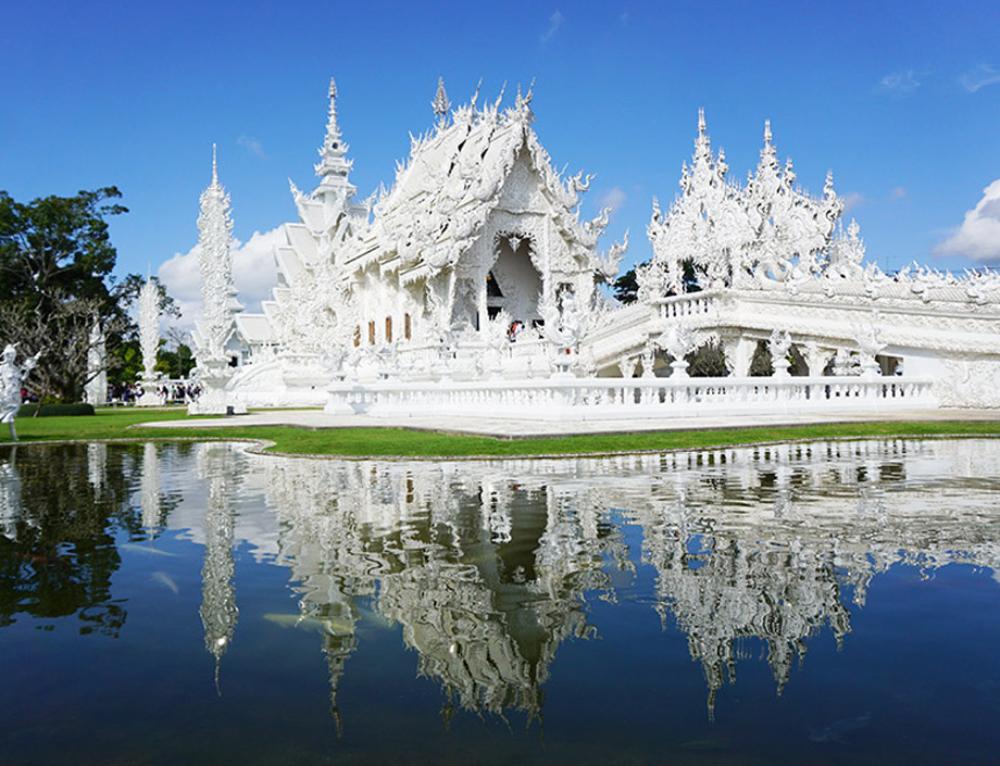 Chiang Rai und sein weißer Tempel – Disney und Tradition