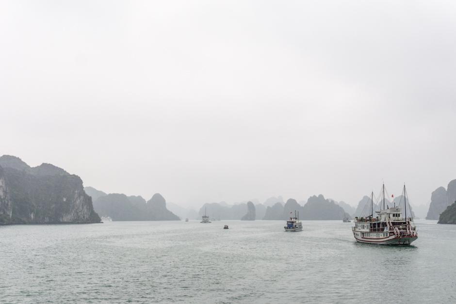 Halong Bay mit weniger Schiffen