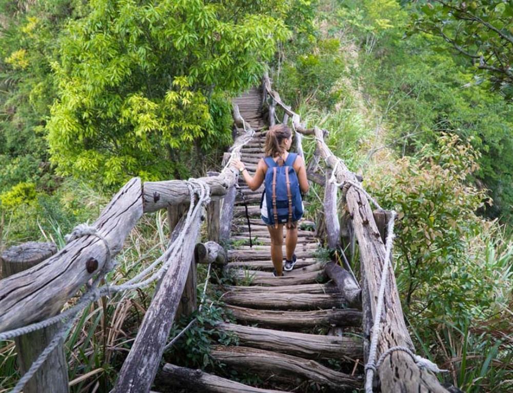 Über die Planke gegangen – unterwegs auf dem Dakeng Trail No4