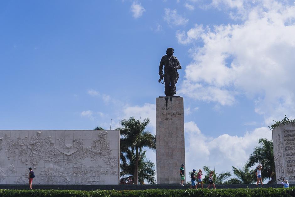 Che Statue Santa Clara
