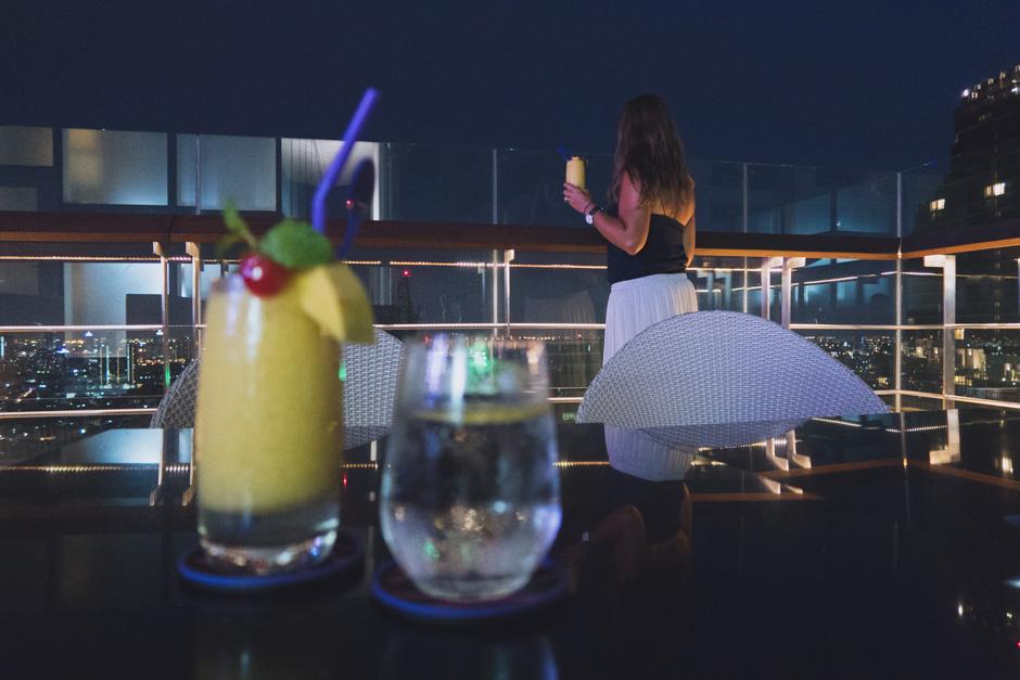 Ein Cocktail auf dem Dach