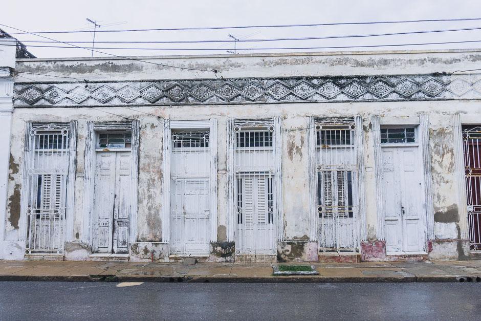 wunderschoene Häuser in Cienfuegos