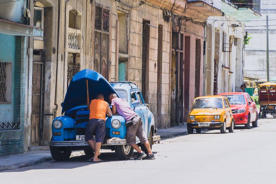 Oldtimer Reparatur in Havanna