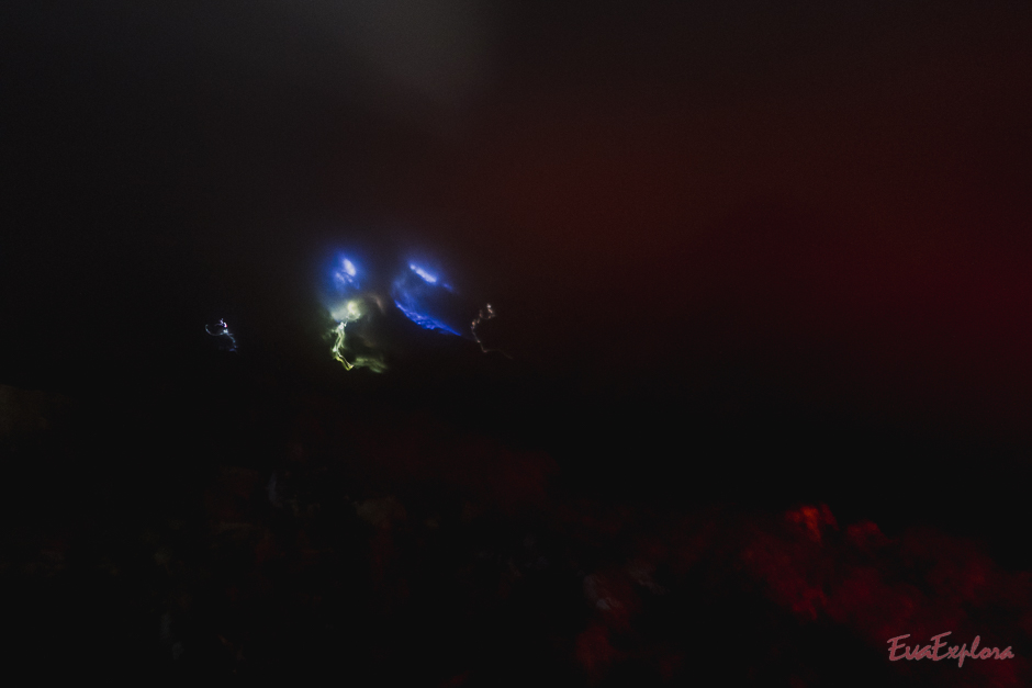 Blaue Feuer - zumindest was man davon sehen kann