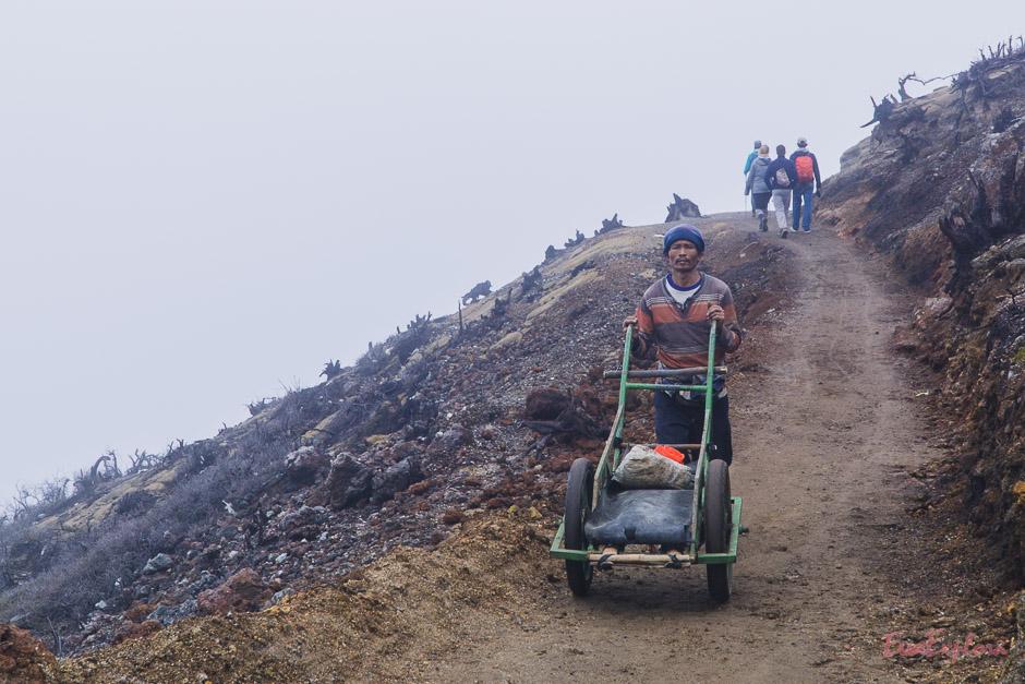 Arbeiter am Mt Idjen