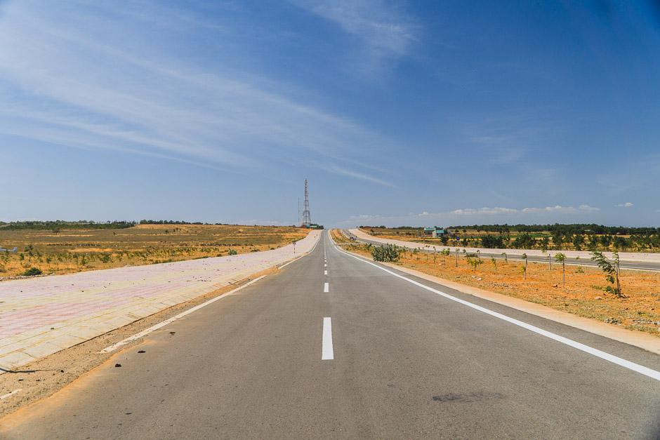 Straße zu den Dünen