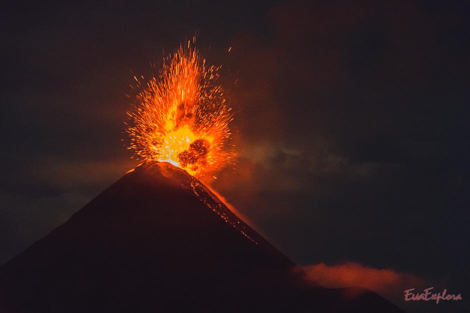 Der Vulkan war aktiv und brodelte