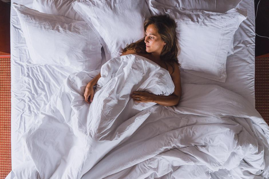 Steffi im Bett