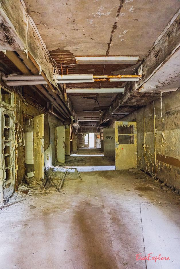 Keller verlassener Ort