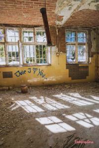 Graffitti im alten Krankenhaus