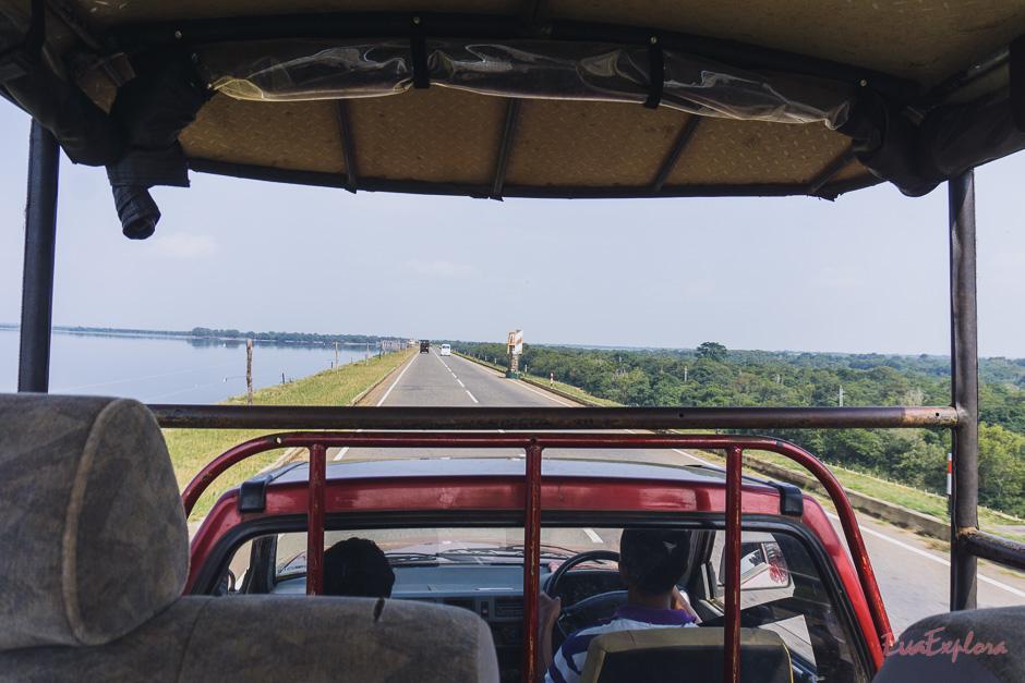 Im Jeep Richtung Nationalpark