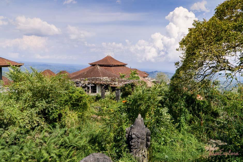 verlassenes Luxushotel Bali
