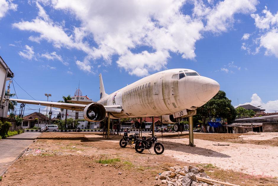verlassenes Flugzeug auf Bali