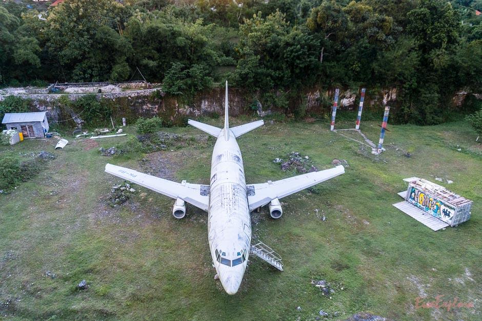lost plane auf Uluwatu