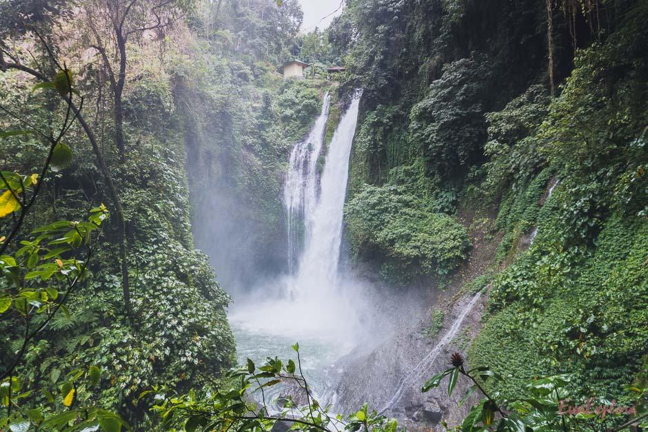 schoenster Wasserfall Balis