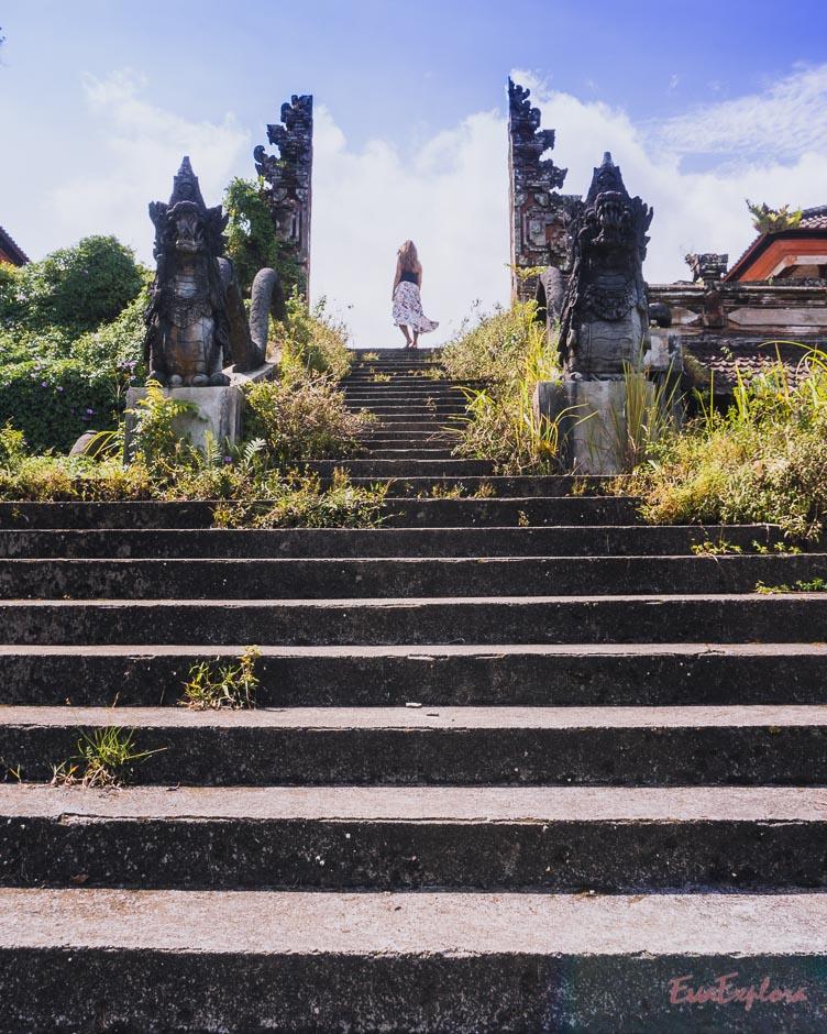 Tor auf Bali