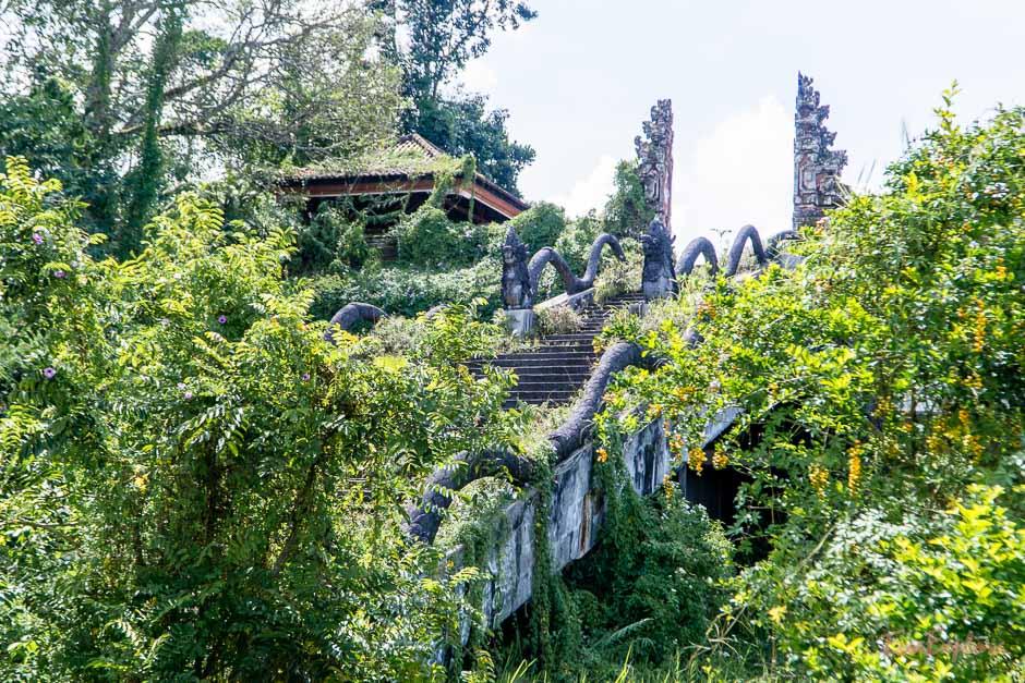 verlassenes Geisterhotel Bali