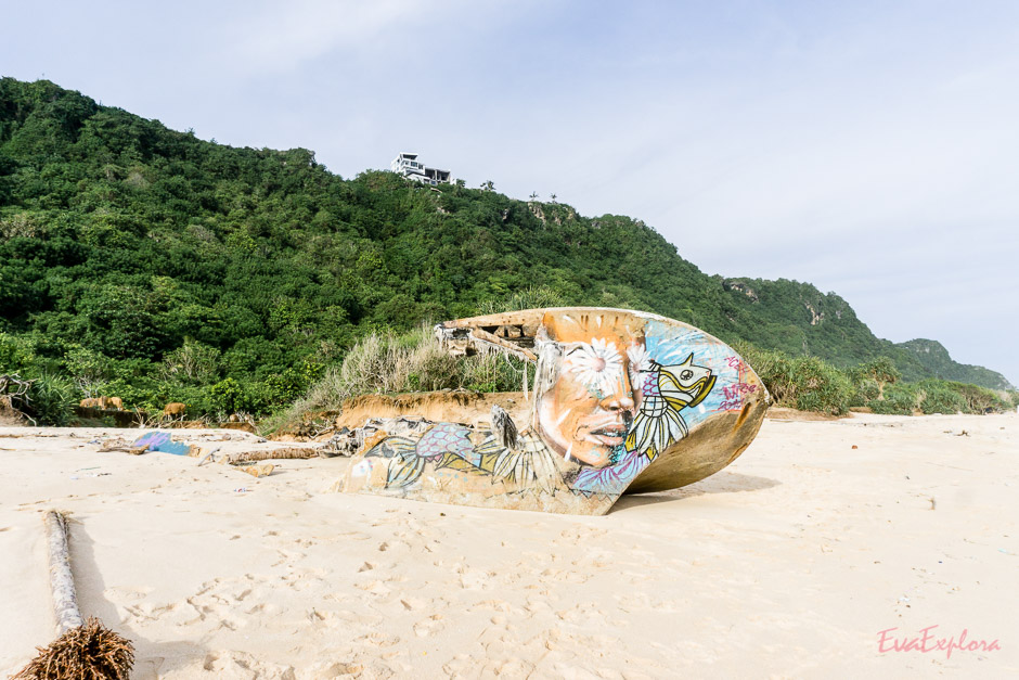 Schiffwrack auf Bali
