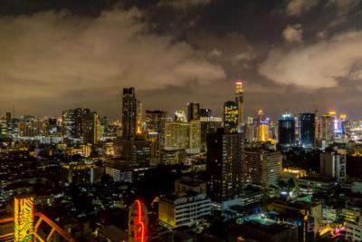Aussicht vom Dach bei Nacht