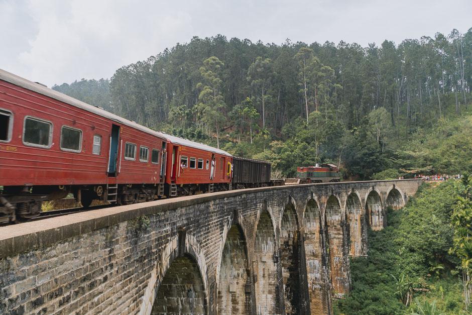 Zug fahren Sri Lanka