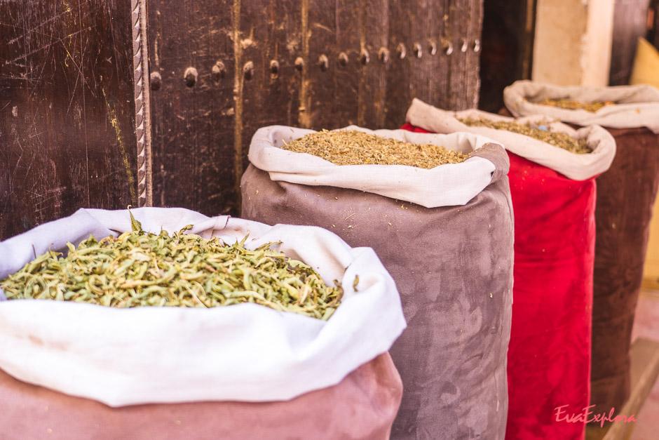 Gewuerze kaufen in Marrakesch